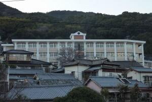 10年前の事件のあった佐世保市内の小学校