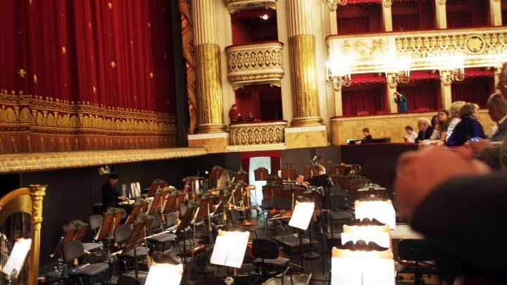 サンカルロ歌劇場のオケピット