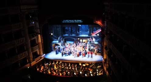 オペラ『ラ・ボエーム』の舞台